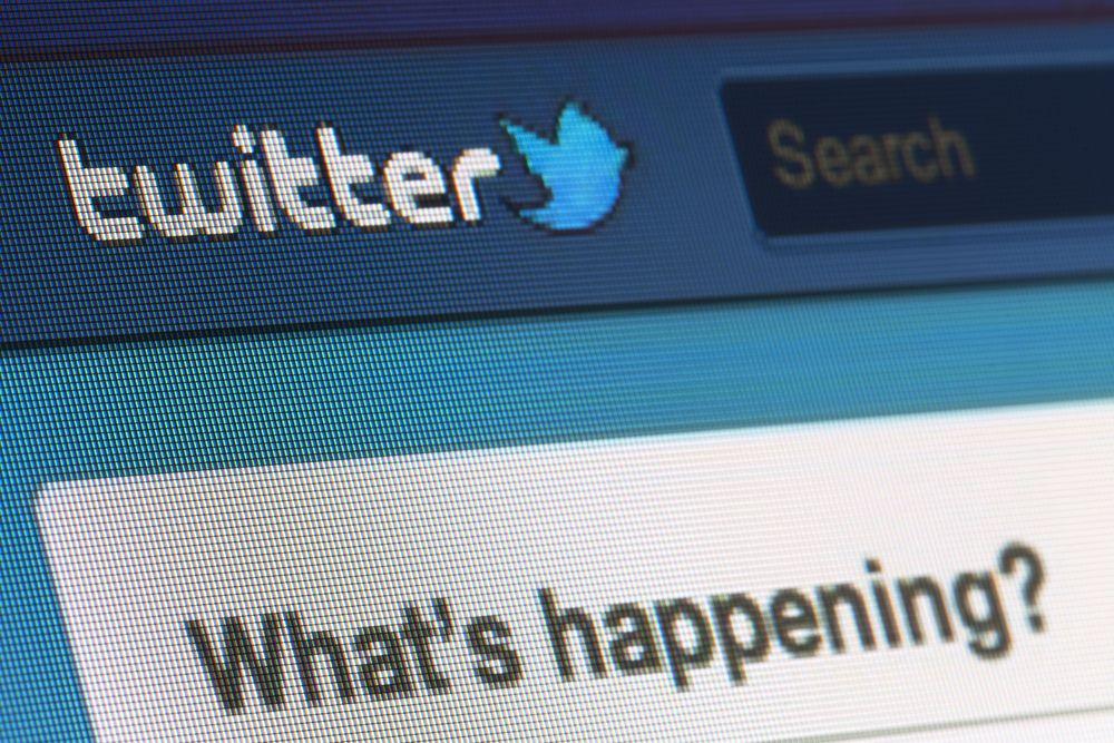 I undersøkelsen oppga flere at de hadde gått over til Twitter. Foto: PiXXart/Shutterstock.com