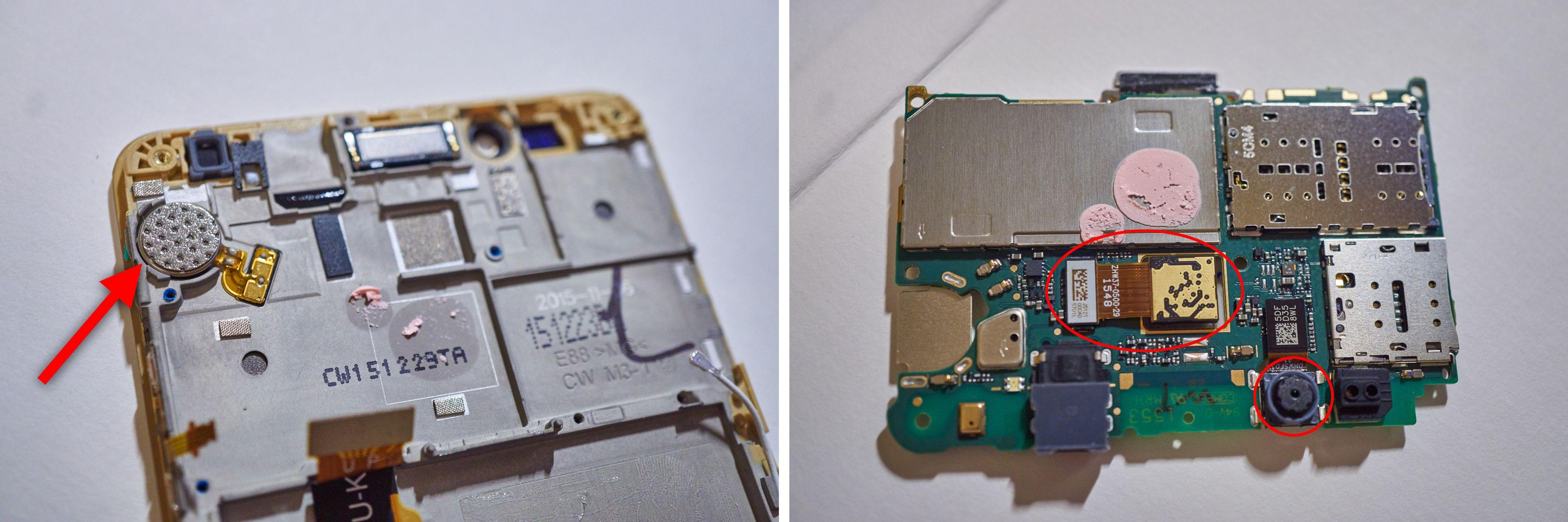 Pilen peker på vibrasjonsmotoren, mens ringene markerer de to kameraenes plassering.