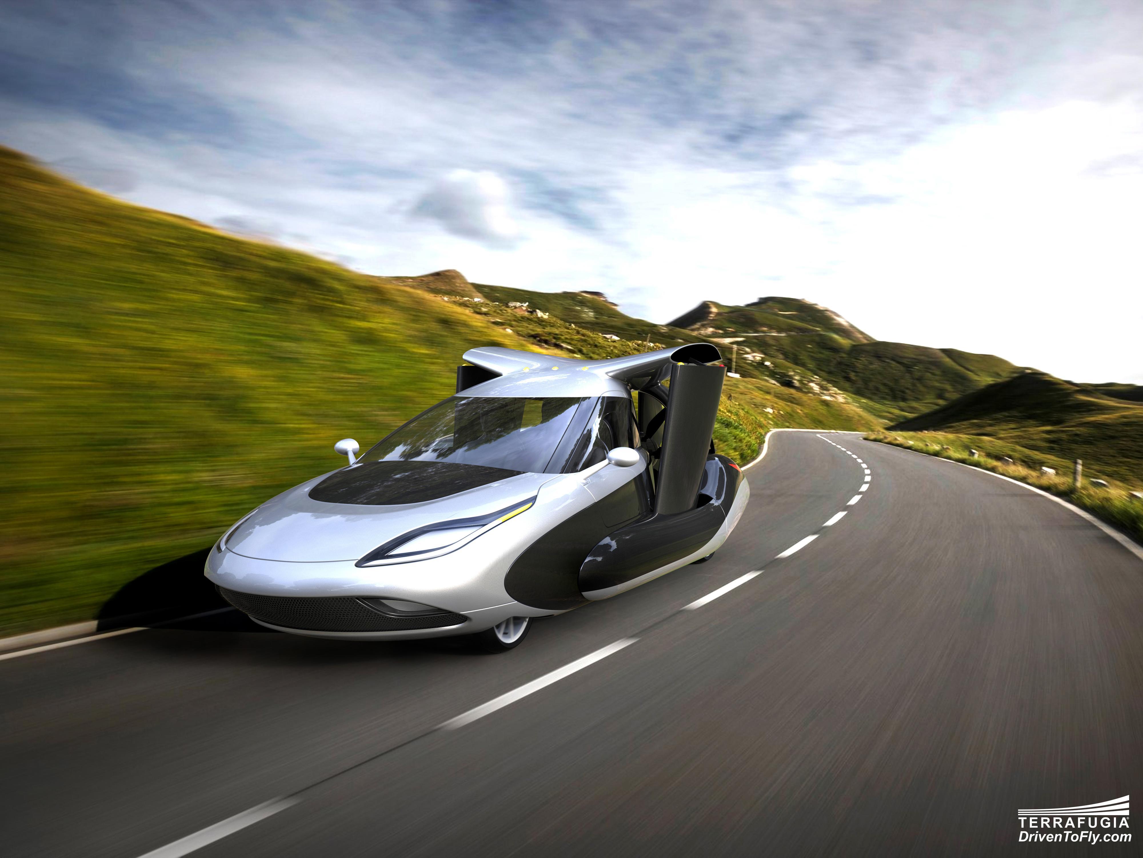 Bilen kan også kjøre på vanlige veier. Foto: Terrafugia