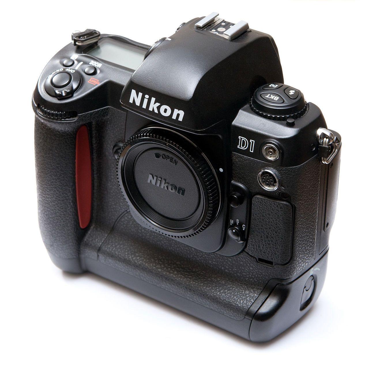 Nikon D1.Foto: Wikimedia Commons/Ashley Pomeroy