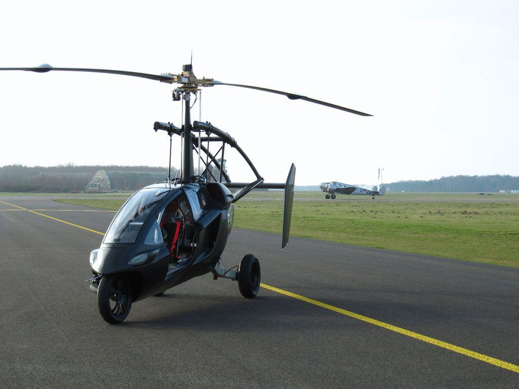 MINIHELIKOPTER: PAL-V har plass til minimalt med bagasje, og ser kanskje mest ut som et helikopter.Foto: PAL-V.COM