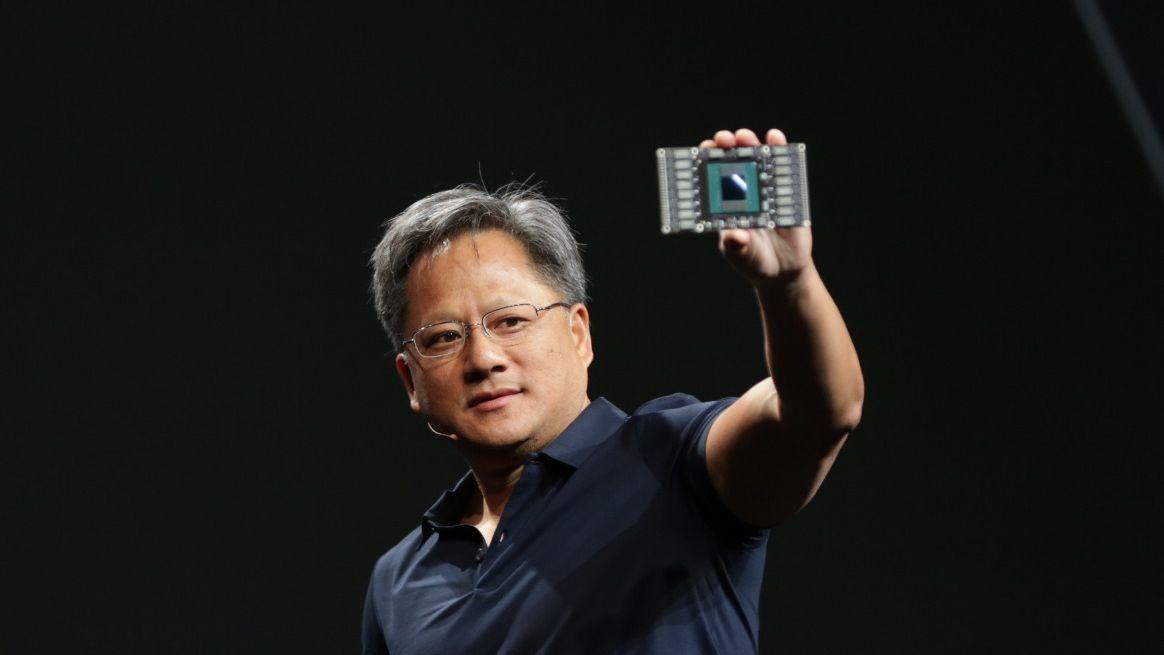 Her viser Nvidia-toppsjefen frem neste GeForce-prosessor