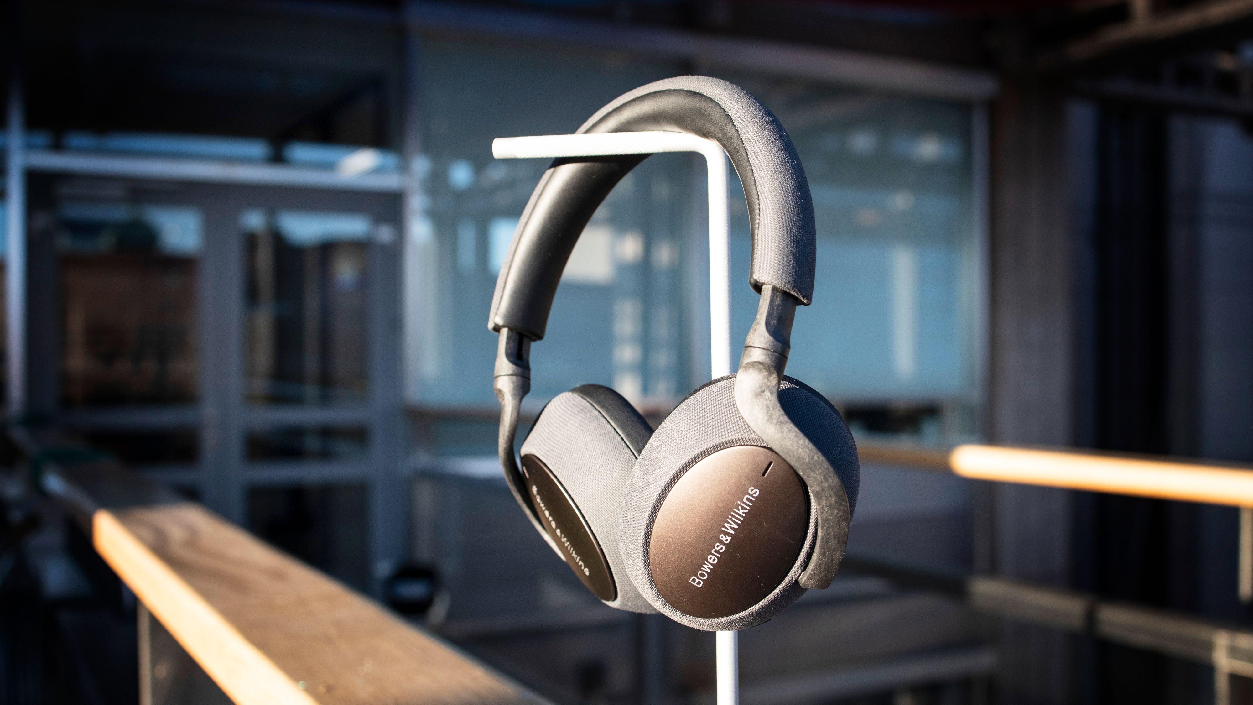 Utfordrer Bose og Sony på støydemping, men lyden er ikke for alle