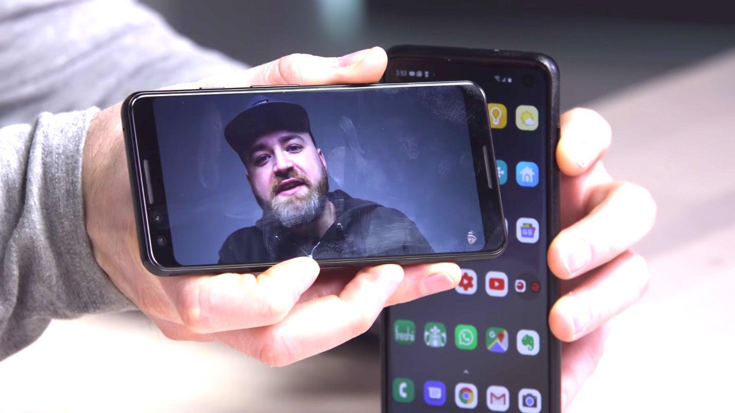 Låser opp Galaxy S10 med annen mobilskjerm
