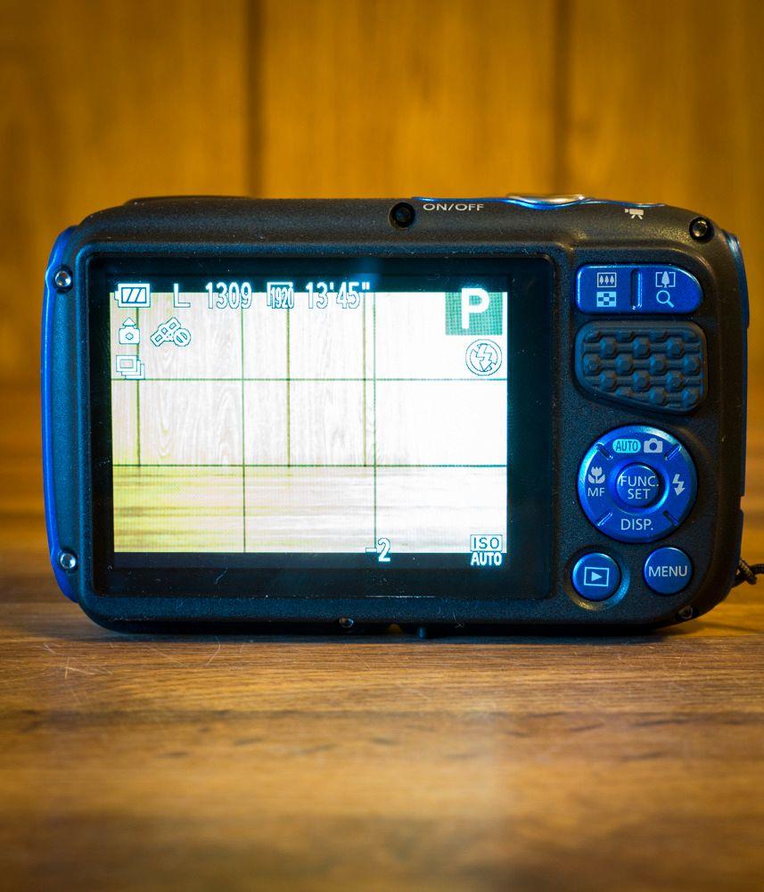 Via funksjonsknappen får vi tilgang til en hendig hurtigmeny, men hva som er der varierer med hvilket modus kameraet er i. Foto: Kristoffer Møllevik