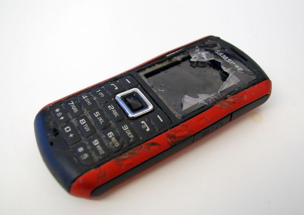 Det er ikke sikkert mobilen må til verksted, selv om den ikke virker.