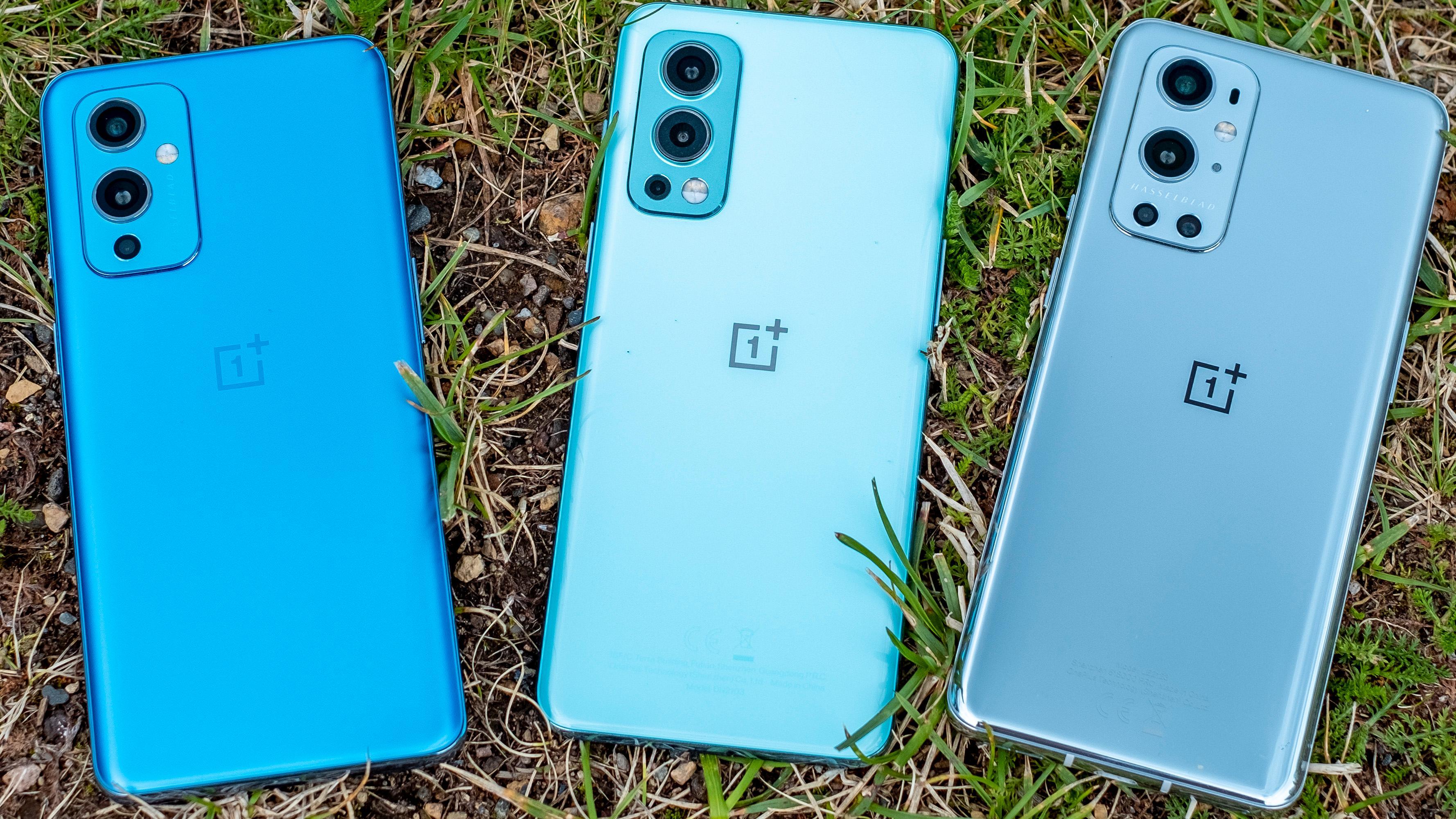 Det viktigste fra OnePlus-utvalget i 2021 fra venstre; OnePlus 9, OnePlus Nord 2 og OnePlus 9 Pro.