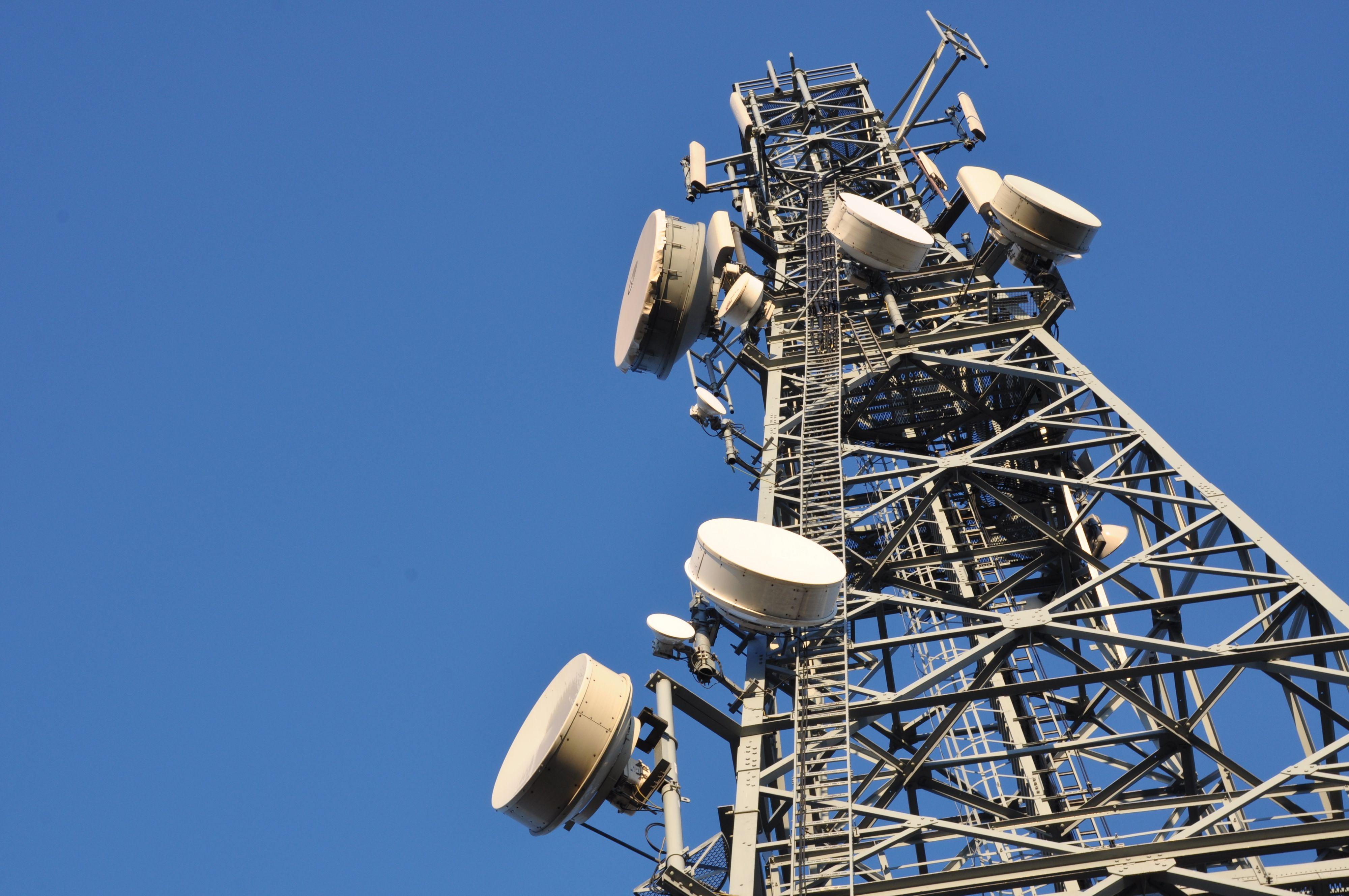 Mange antenner må moderniseres før DAB-netter er helt klart. Foto: Shutterstock