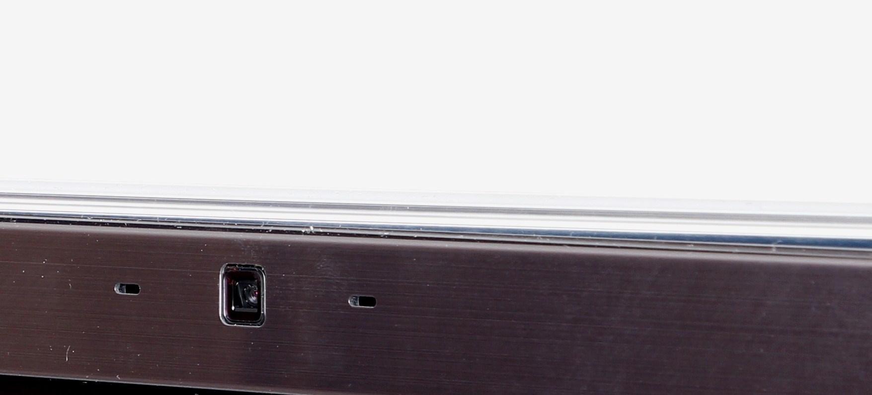 Kamera på toppen av TV-en