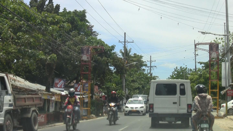 Livet er ikke like travelt her som i storbyen Cebu City.Foto: Espen Irwing Swang, Amobil.no