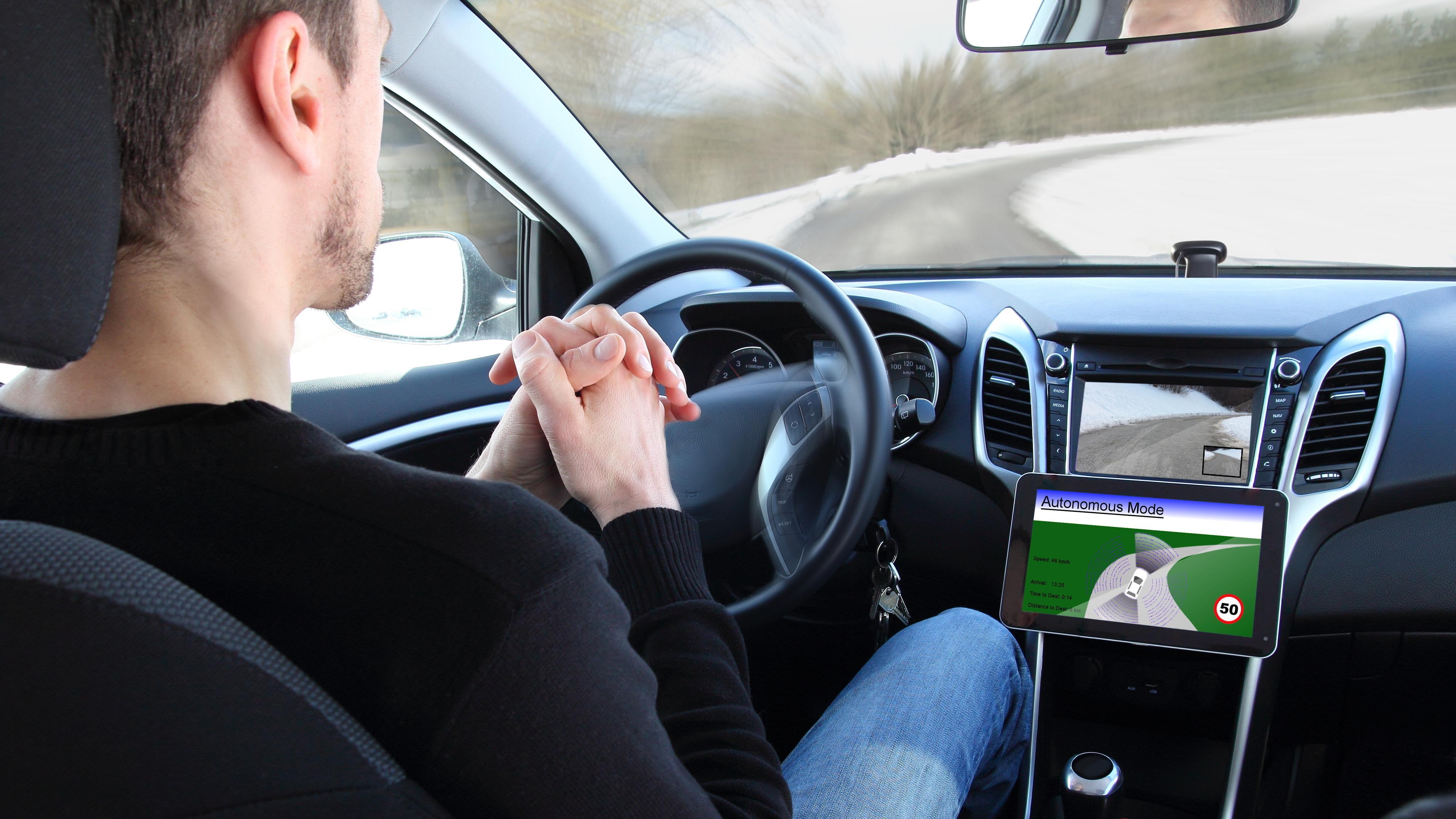 – Fremtidens biler vil bli like avanserte som superdatamaskiner