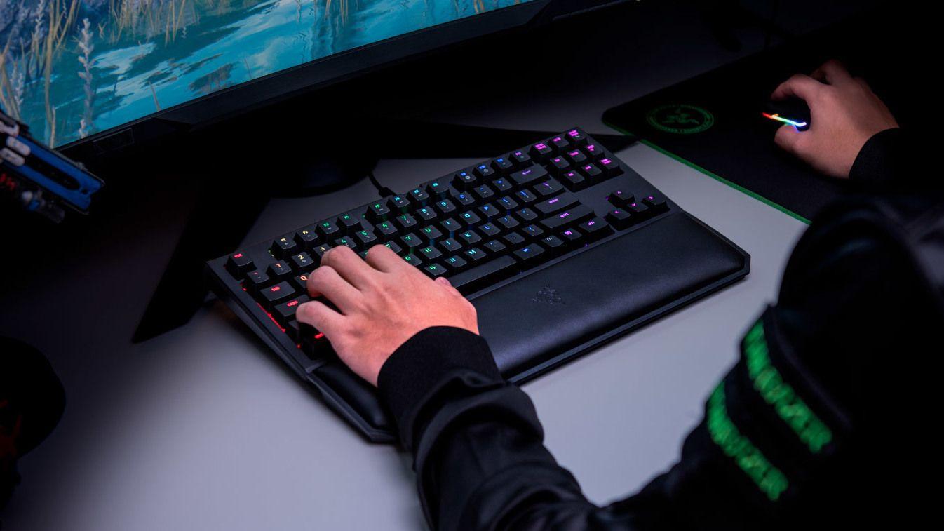 Razer BlackWidow Tournament Edition V2 Gaming tastatur