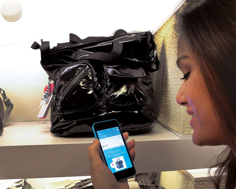 Ved hjelp av iBeacons – eller ShopBeacon som leverandøren Shopkick kaller det – kan du få informasjon og spesialtilbud på varer i nærheten.Foto: Shopkick