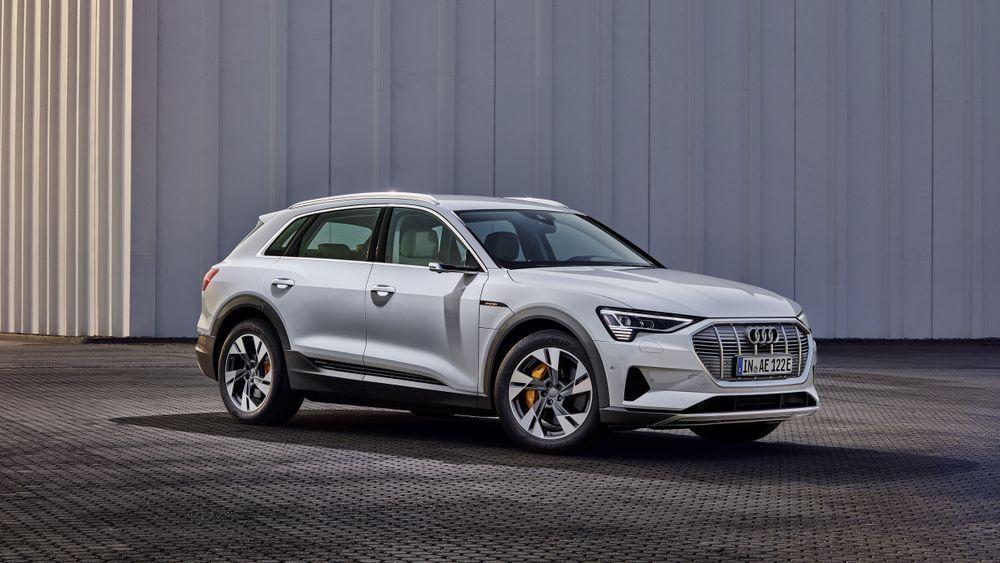 Audis rimeligere e-tron-versjon er begrenset til 120 kilowatt hurtiglading.