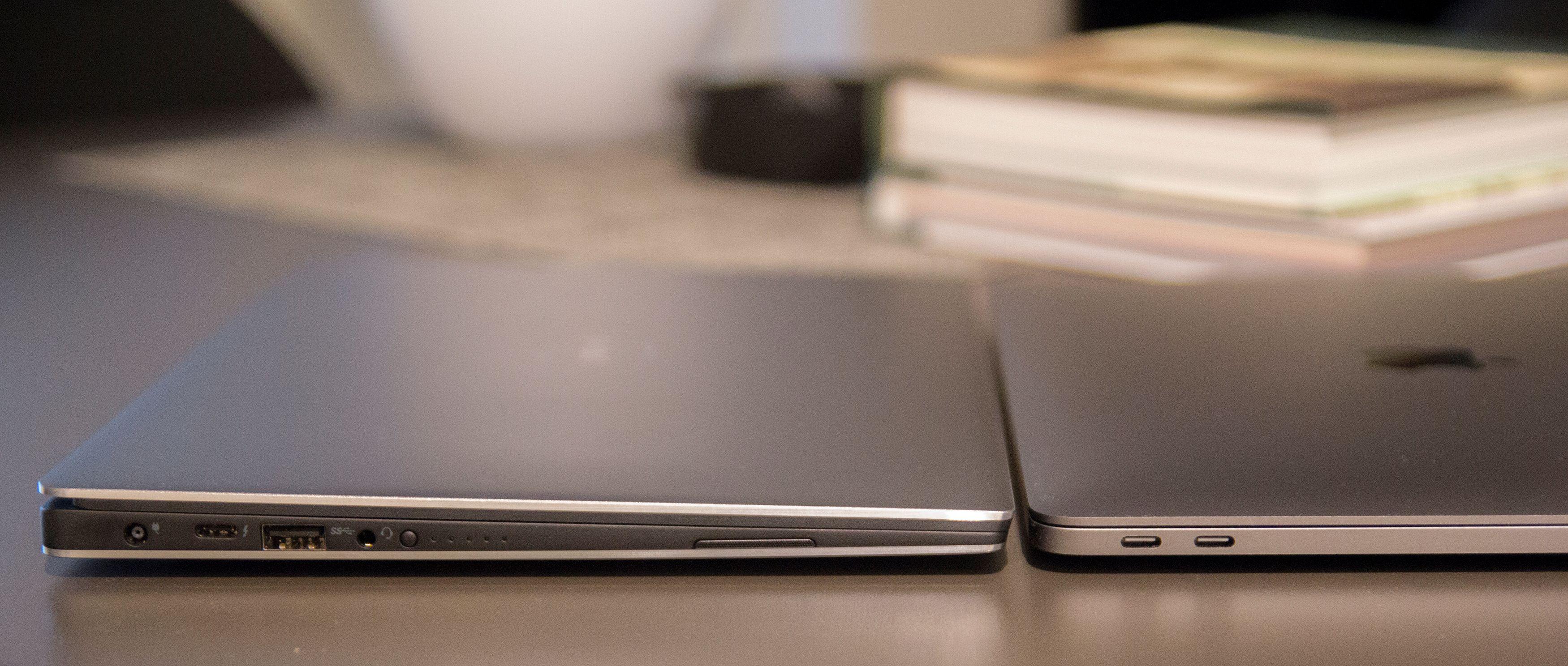 Mens XPS 13 skjuler flere porter også på andre siden, byr MacBook Pro kun på en utgang for hodetelefoner der.
