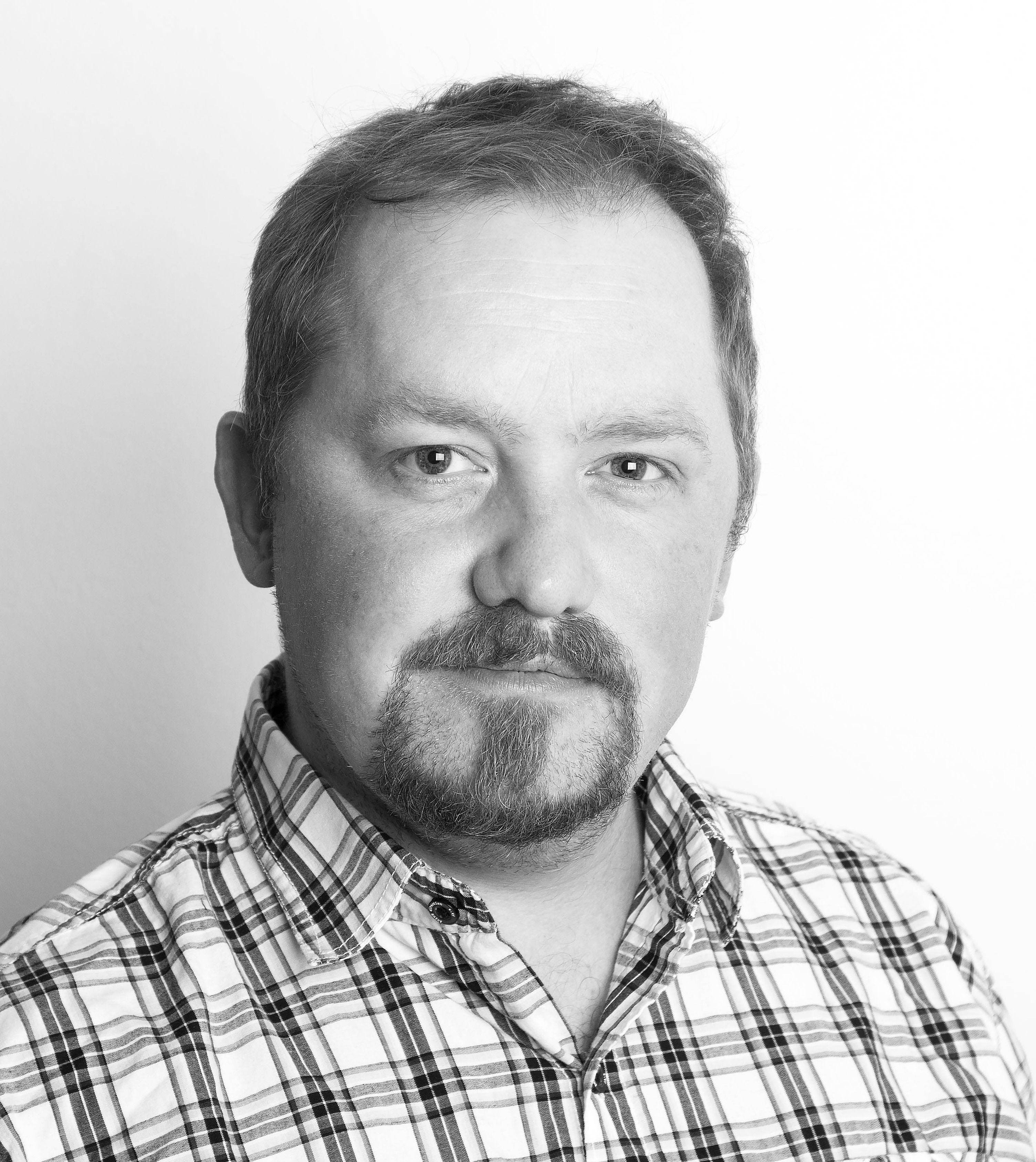 Vegar Jansen er journalist i Tek.no, og mener det bør hete «et pokémon».