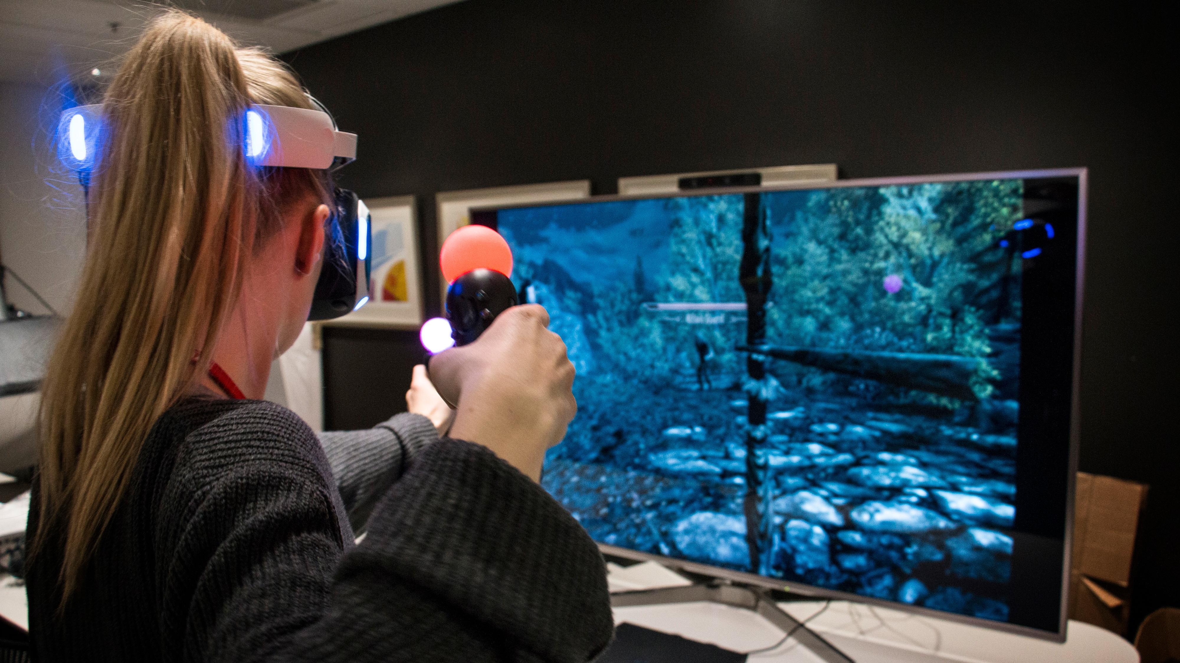 Endelig en fullblods VR-opplevelse: Slik var det å spille Skyrim i VR