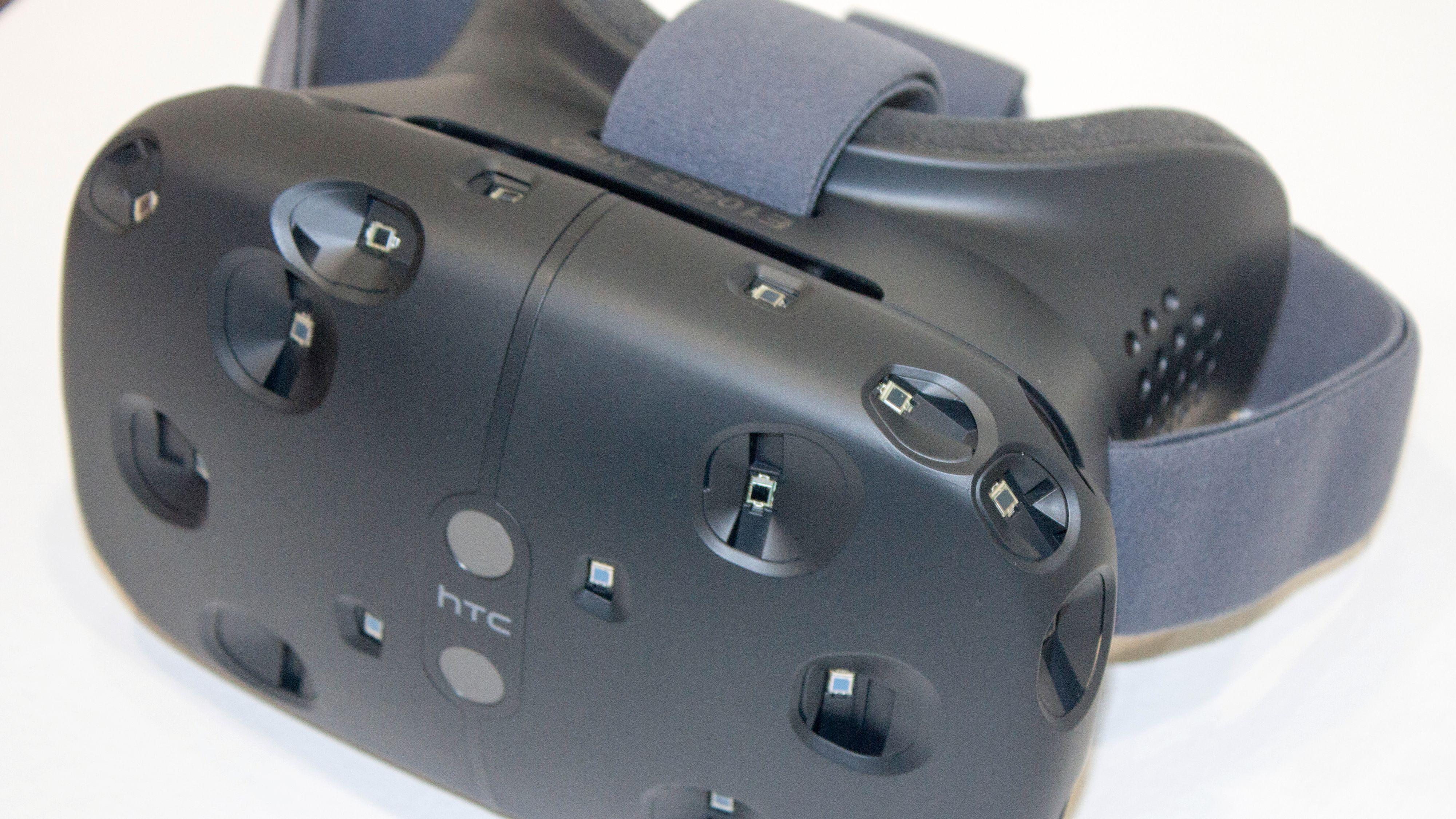– Windows 10 skal bli den beste plattformen for VR