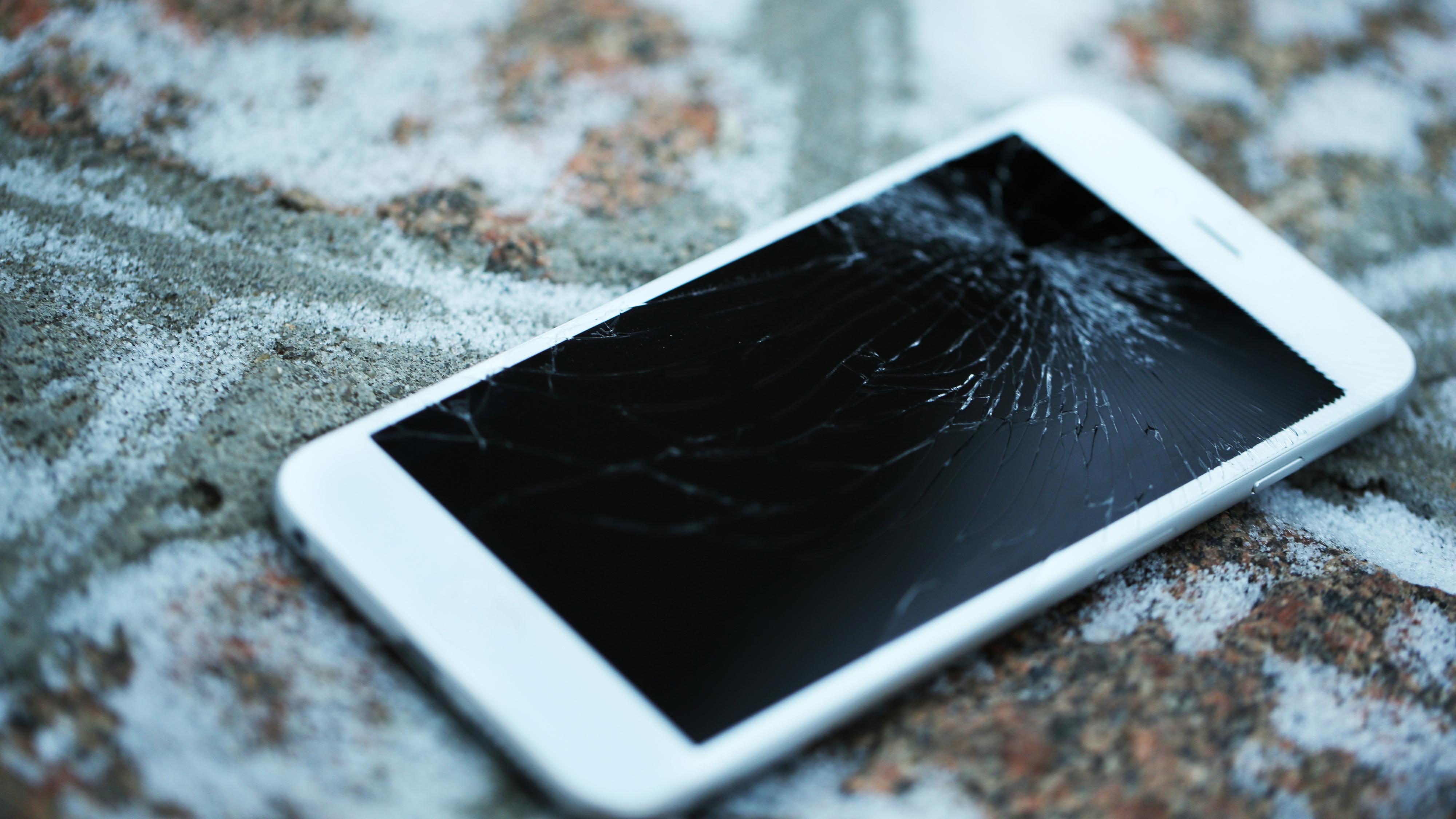Nytt patent kan gjøre iPhone-skjermen umulig å knuse