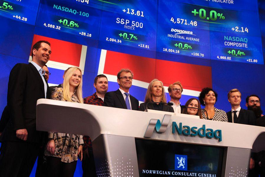 Staaker var et av bedriftene som fikk bli med da det Norske Generalkonsulatet åpnet NASDAQ børsen i New York i april.