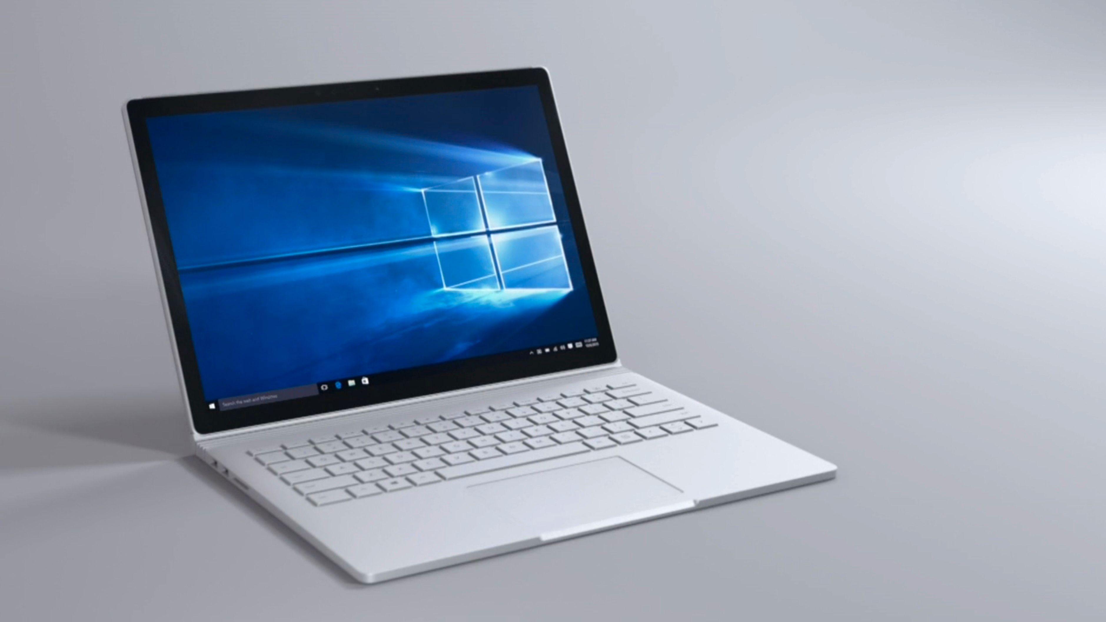 Surface Book, her avbildet, ser ikke ut til å bli de eneste PC-ene Microsoft har planer om å lansere.