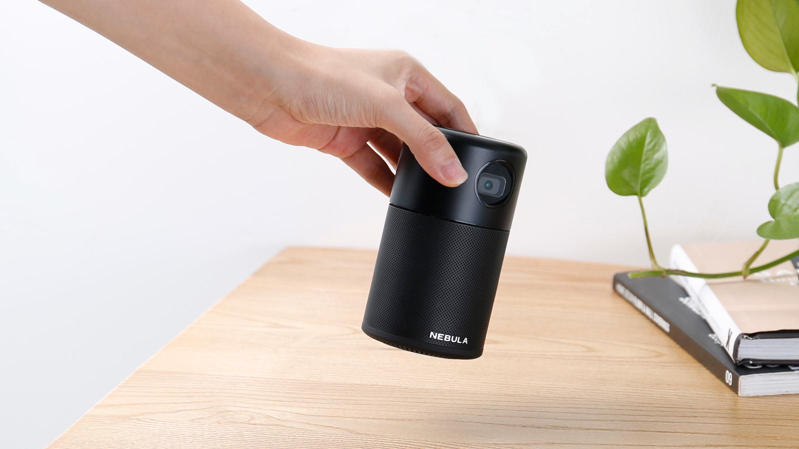 Nå kan du skaffe deg en lommeprojektor med Android og innebygget 360-gradershøyttaler