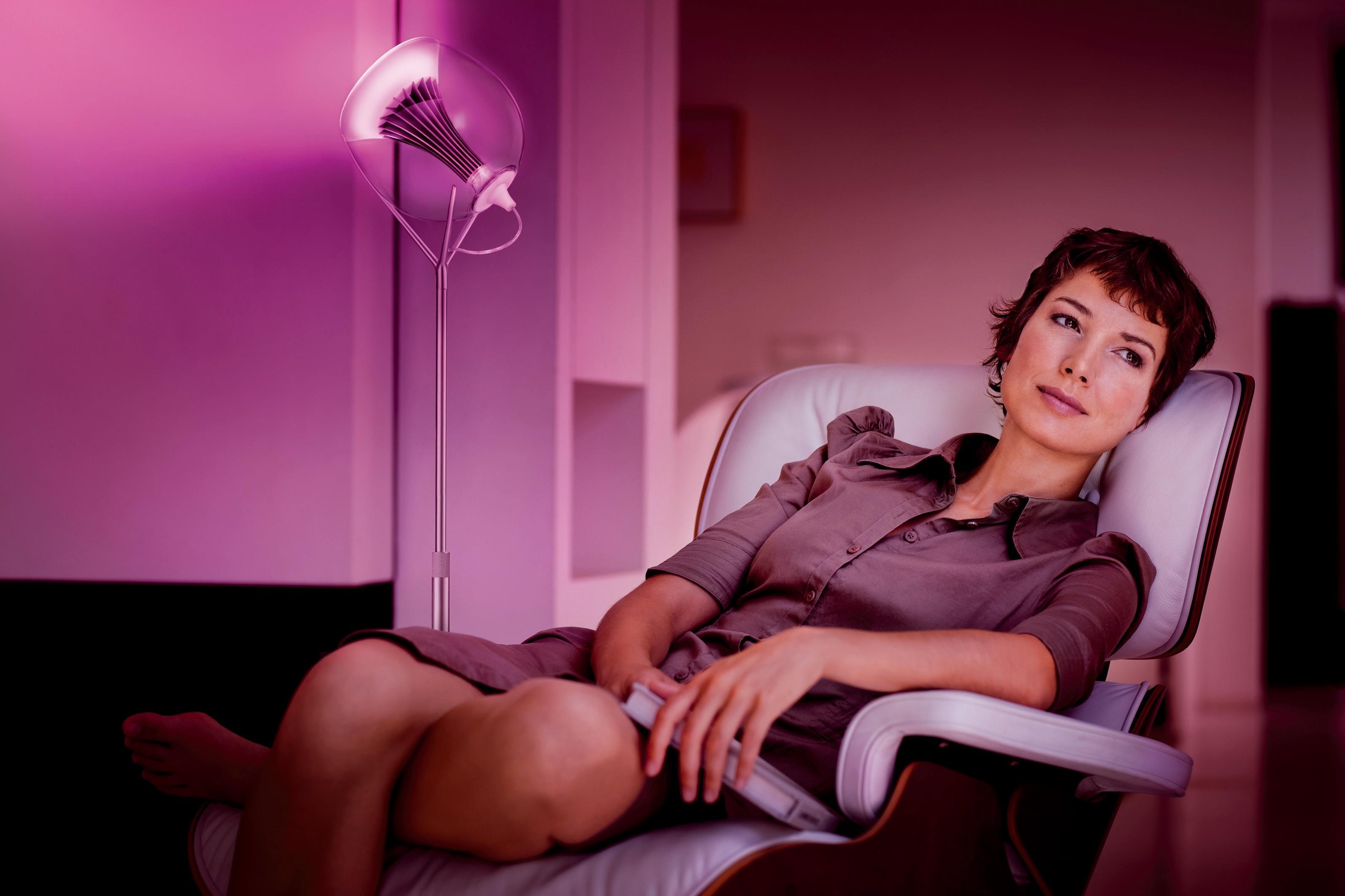 Philips Hue lar deg styre fargen og styrken på lyset med en app.