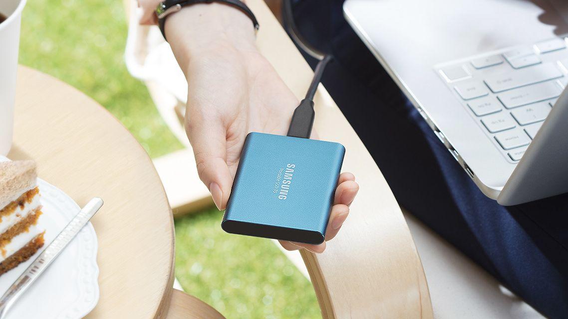 Her er nyeste generasjon av Samsungs «kredittkort-SSD»