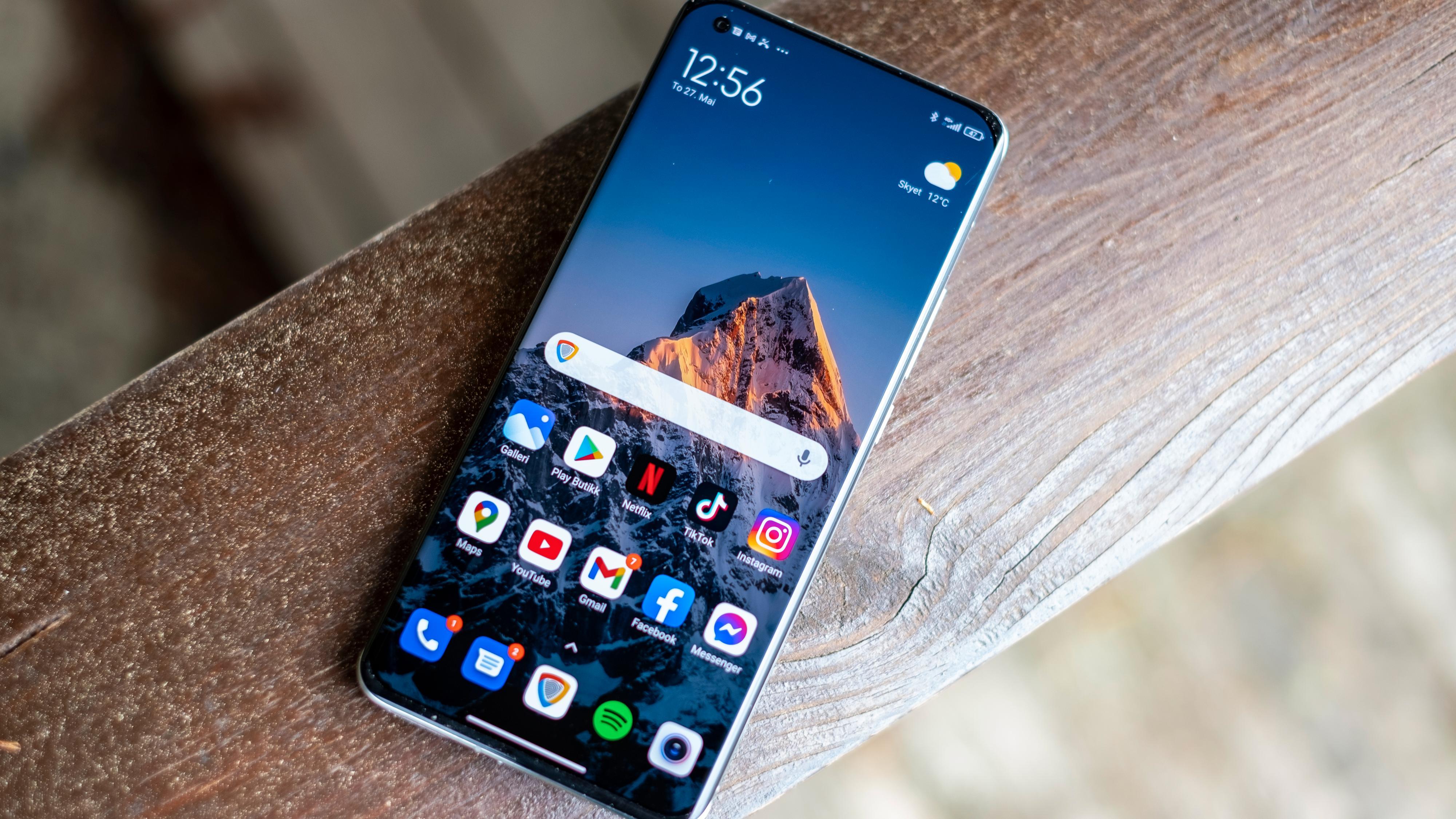 Xiaomi overtar tronen som Europas mestselgende mobilmerke
