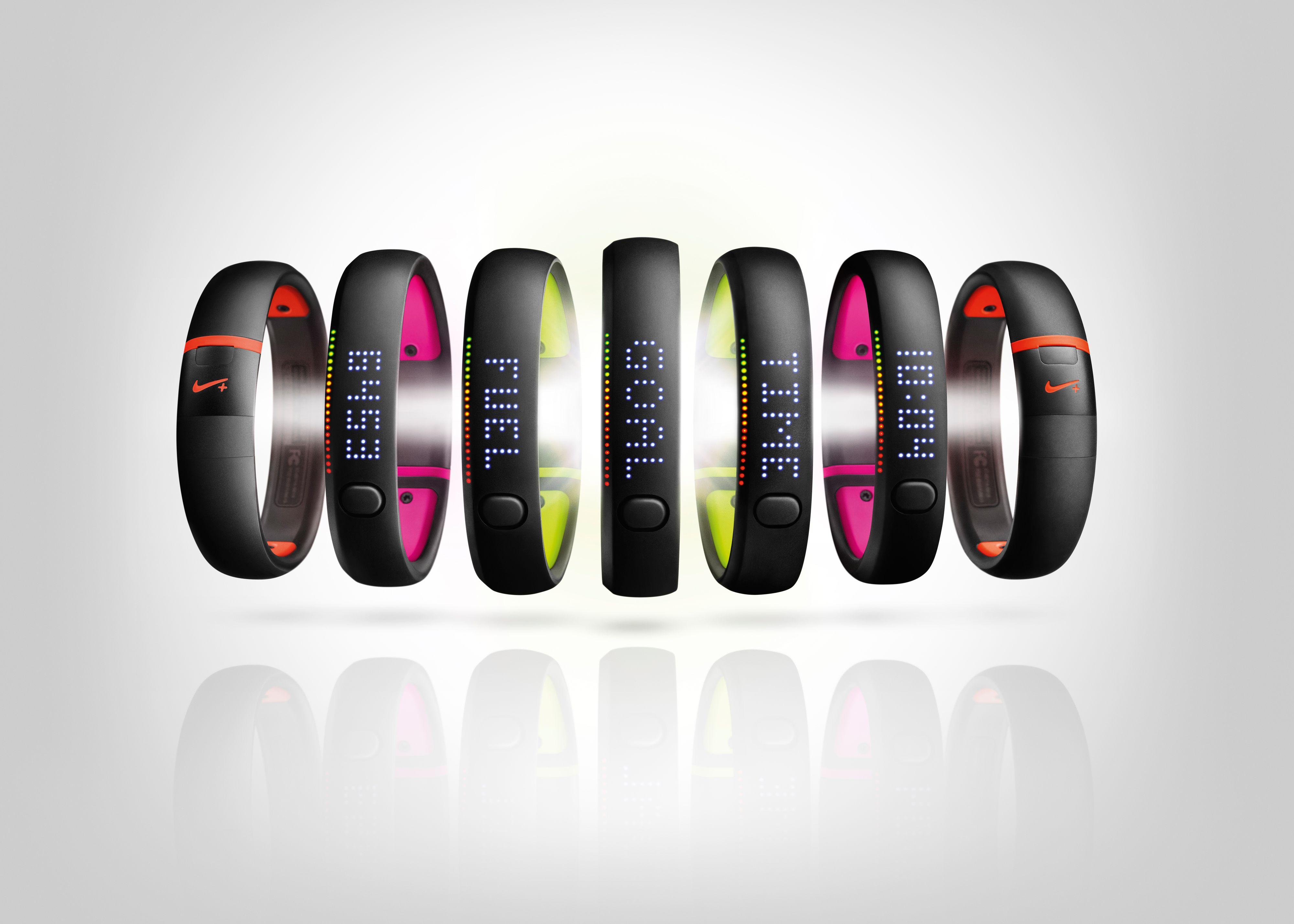 Armbåndet fås i flere ulike farger.Foto: Nike