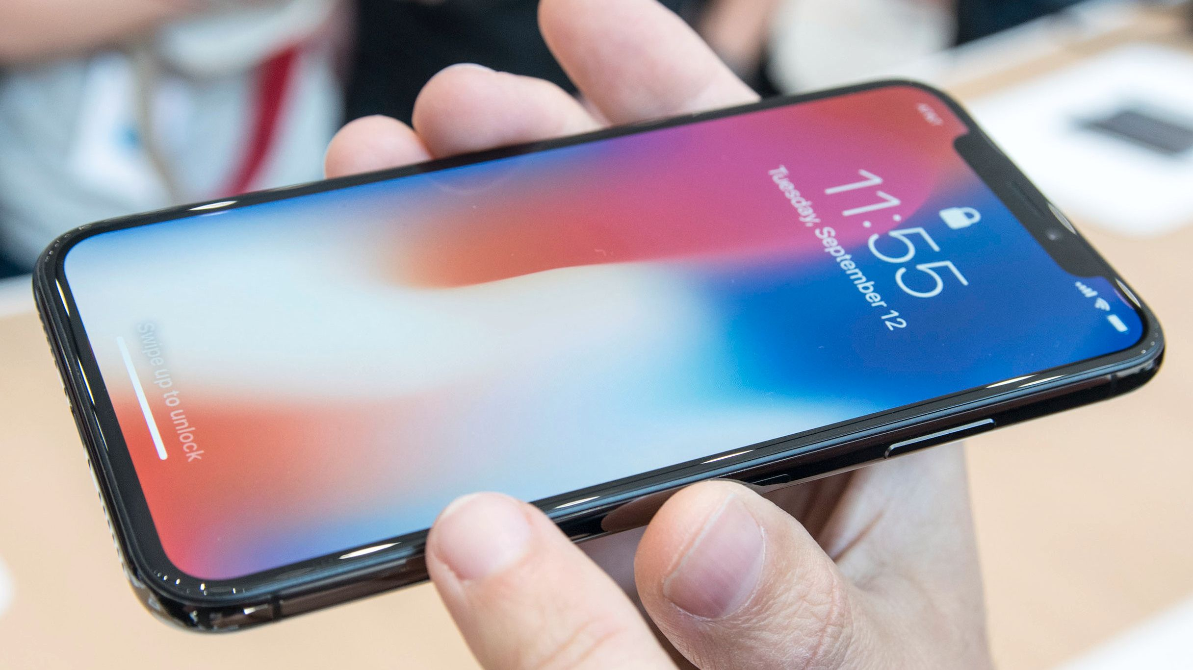 Samsung skal tjene nesten 1000 kroner på hver solgte iPhone X