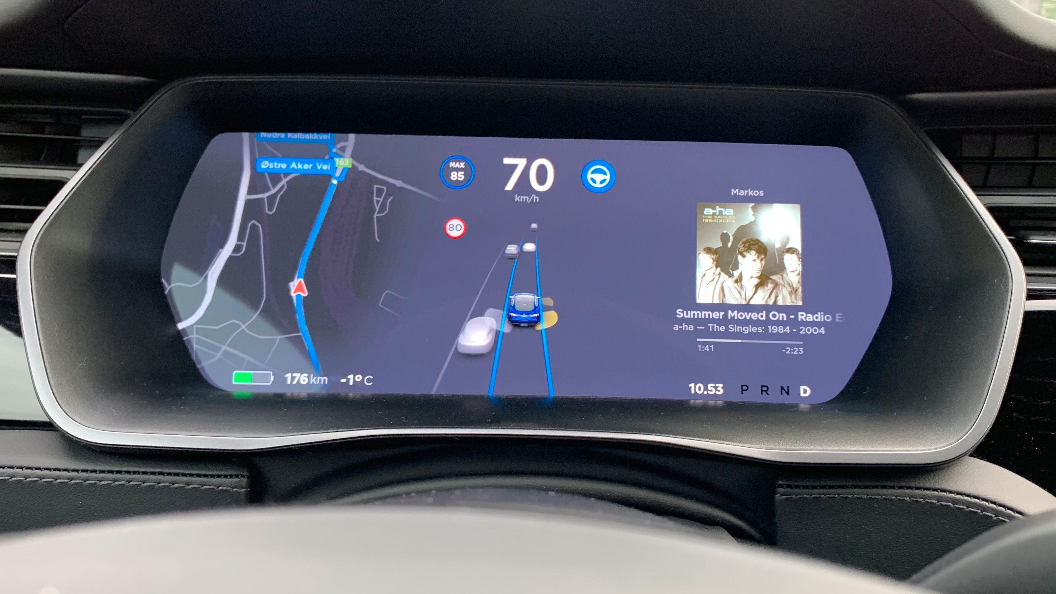 Tesla «Version 9» har endelig kommet til Norge