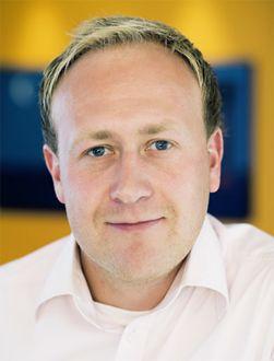 Øyvind Vederhus, kommunikasjonsrådgiver i Netcom, venter spent. (Foto: Netcom)