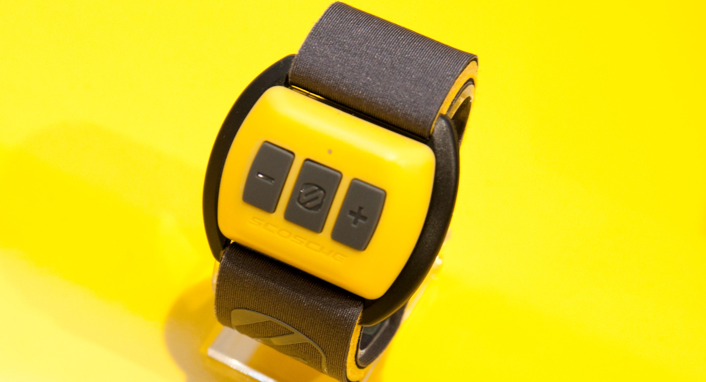 Scoche Rhytm: Dette armbåndet måler puls og styrer musikken.