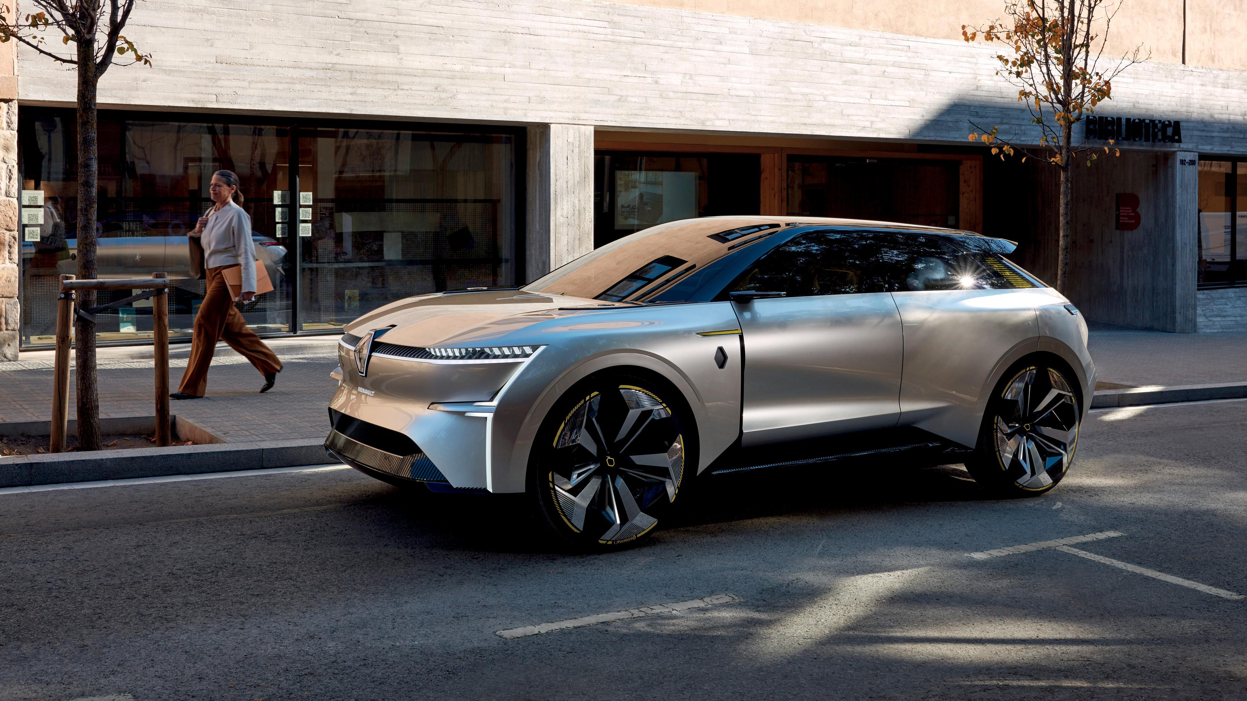 Renaults nye konseptbil kan «strekkes» med 40 centimeter