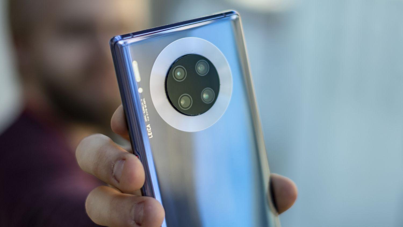 Huawei Mate 30 Pro røk ut i semifinalen. Den tapte for mobilen som til slutt vant, altså Samsung Galaxy Note 10+.