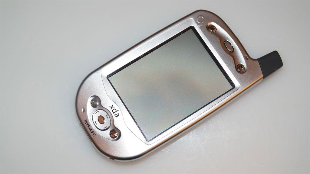 Da O2 slapp XDA, en PDA du kunne ringe med, var det mange som var blanke i øynene. Dette er HTCs aller første mobiltelefon. Foto: Espen Irwing Swang, Tek.no