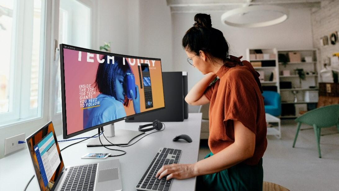Dell slipper en imponerende 40-tommer