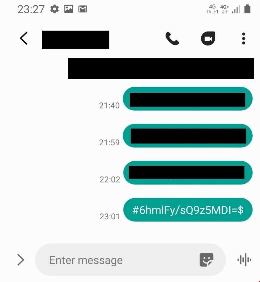 Med en slik SMS skal Mnemonic Labs ha tatt et bilde i smug med klokken.