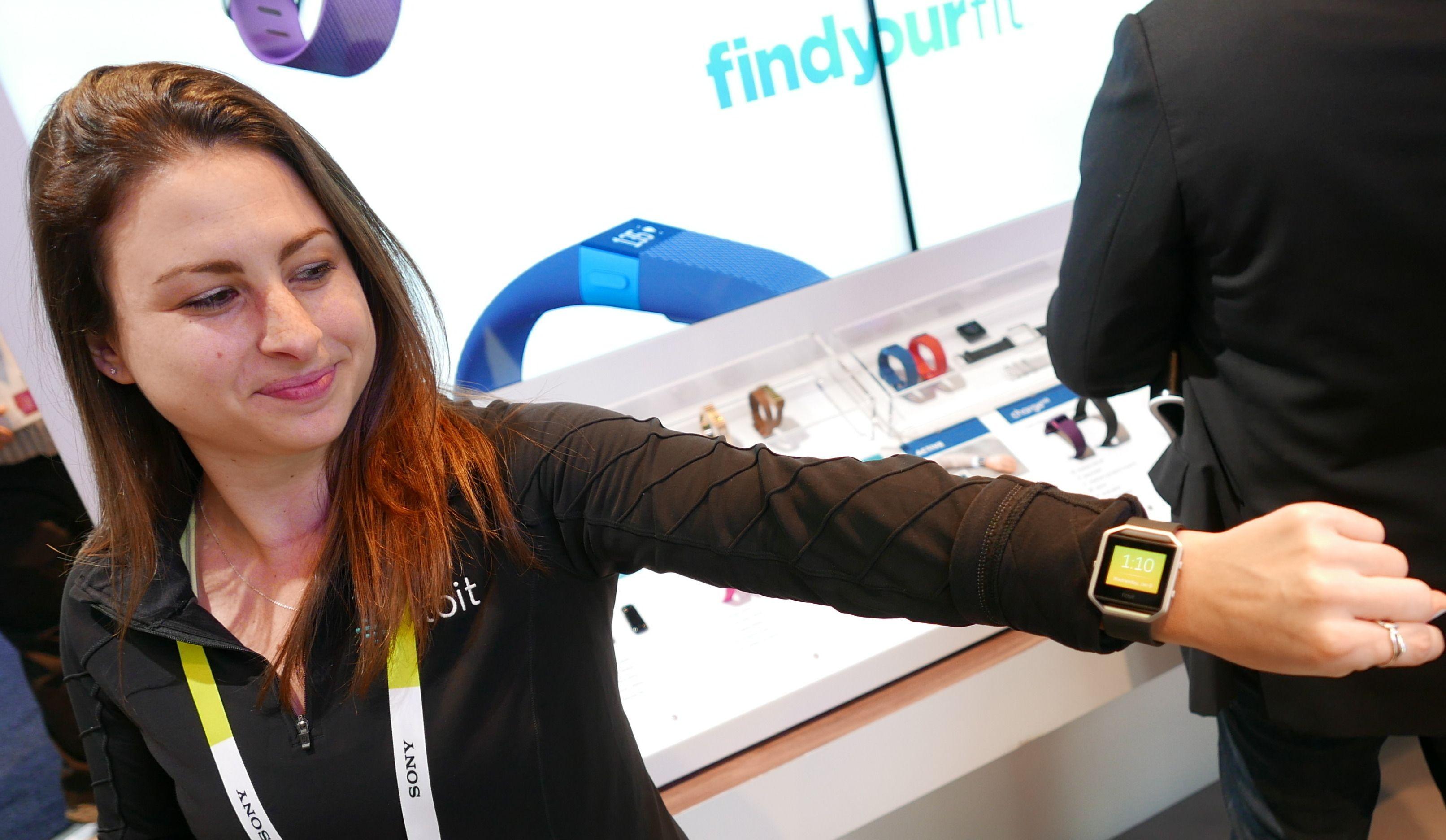 Fitbit Blaze er Fitbits første treningsklokke som ser ut som en vanlig smartklokke. Ole Henrik Johansen / Tek.no