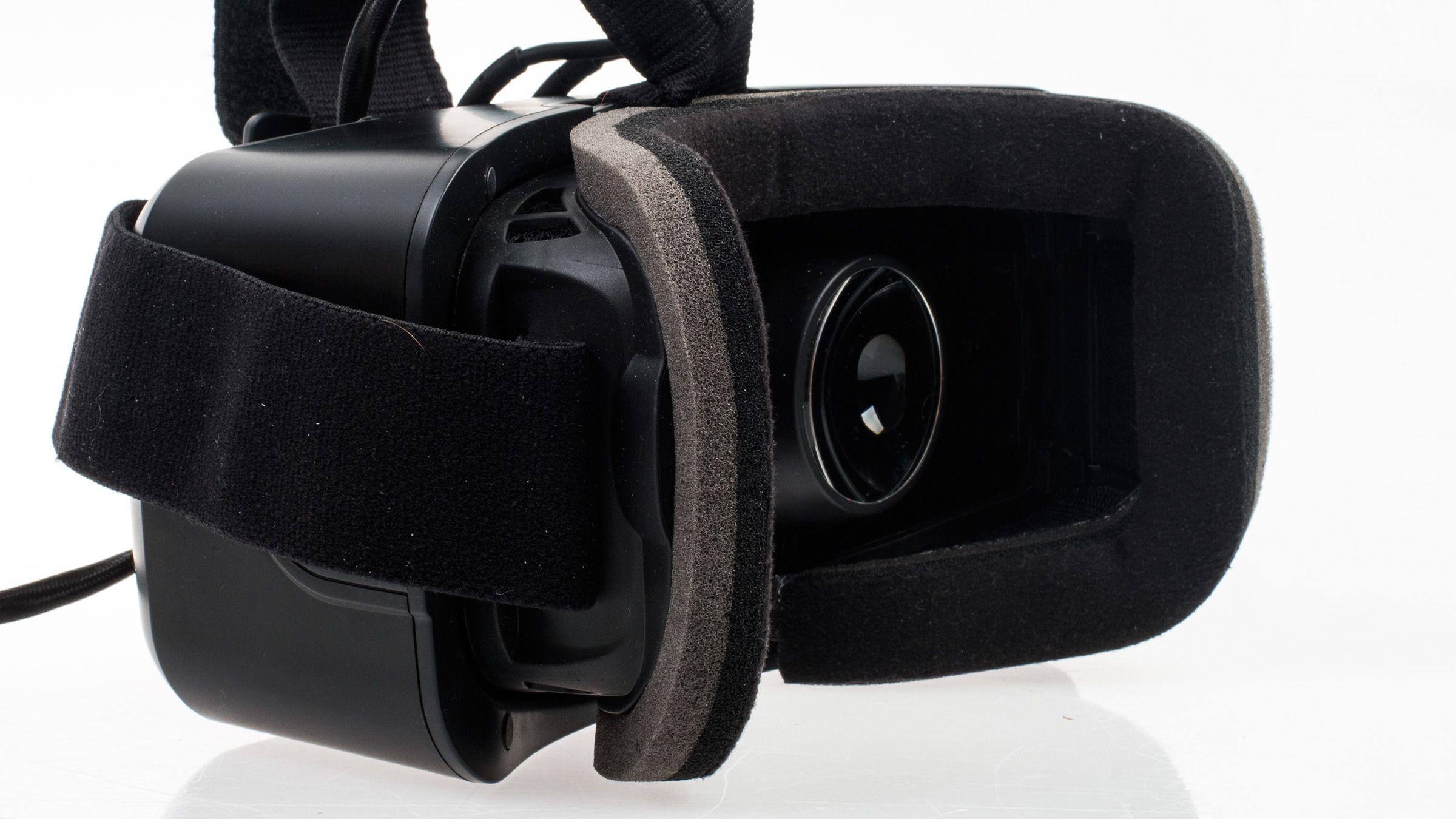 Slik ser innsiden av Oculus Rift DK2 ut fra siden.Foto: Varg Aamo, Tek.no