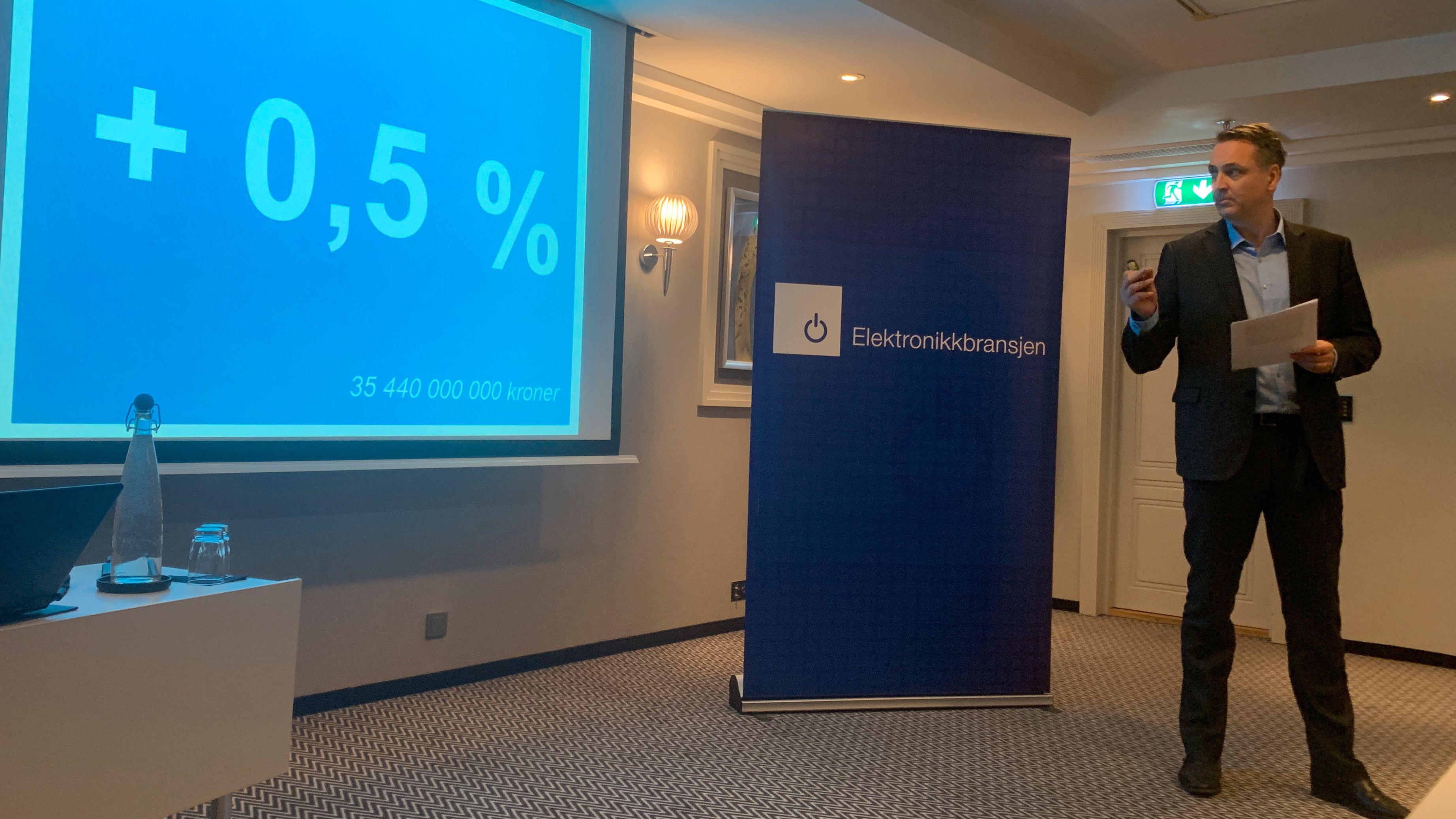 Adm. dir. i Stiftelsen Elektronikkbransjen, Jan Røsholm, presenterte ny rekord for bransjen i 2018. Veksten fra året før var imidlertid ikke massiv.