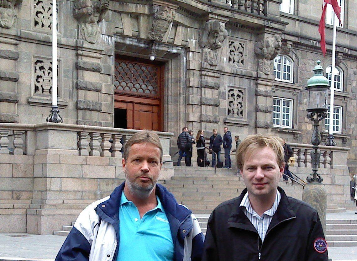 Ole Rasmussen (til venstre) er prosjektutviklings-leder for Norge og Danmark, mens Mattias Svederberg er prosjektutviklings-leder for Sverige, og teknisk sjef generelt.