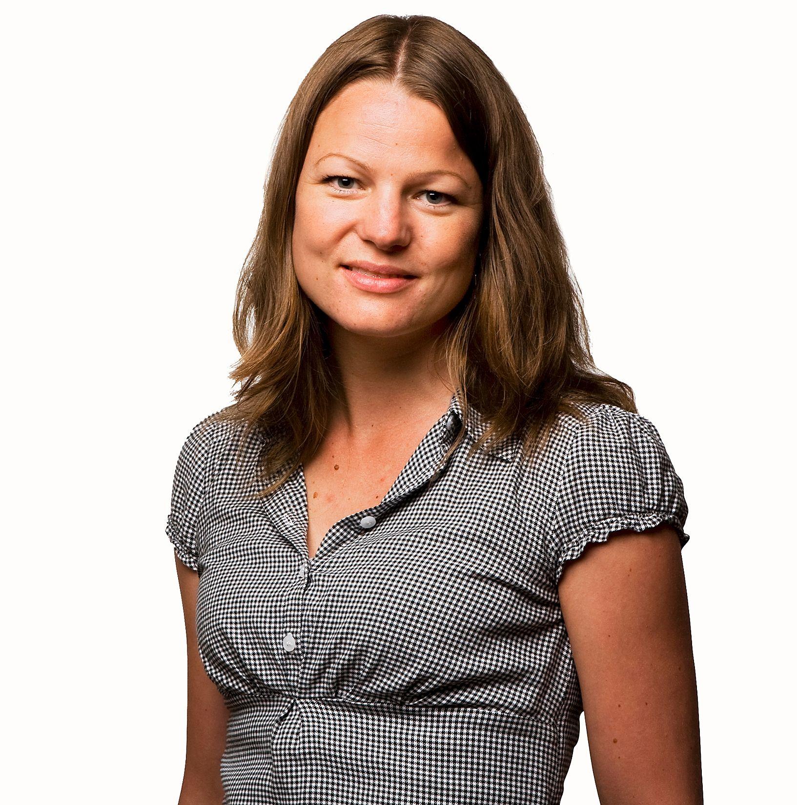 Charlotte Erikstad er kommunikasjonsrådgiver i NetCom og forklarer at operatøren nå vurderer om og hvilke tiltak som skal settes inn.Foto: NetCom