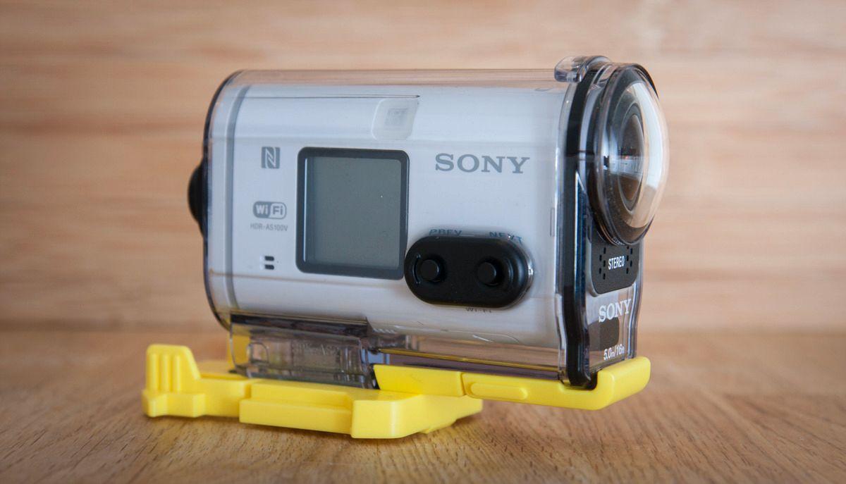 Sony AS100V. Foto: Kristoffer Møllevik