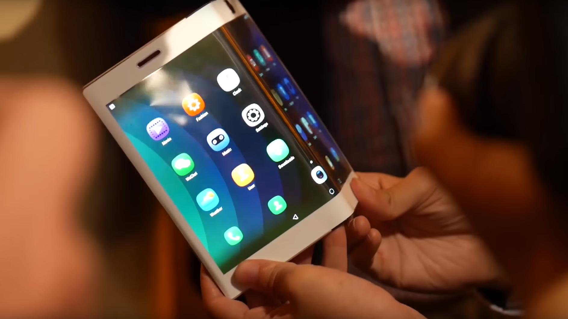 Snart kan vi se de første bøyelige mobilene fra Samsung