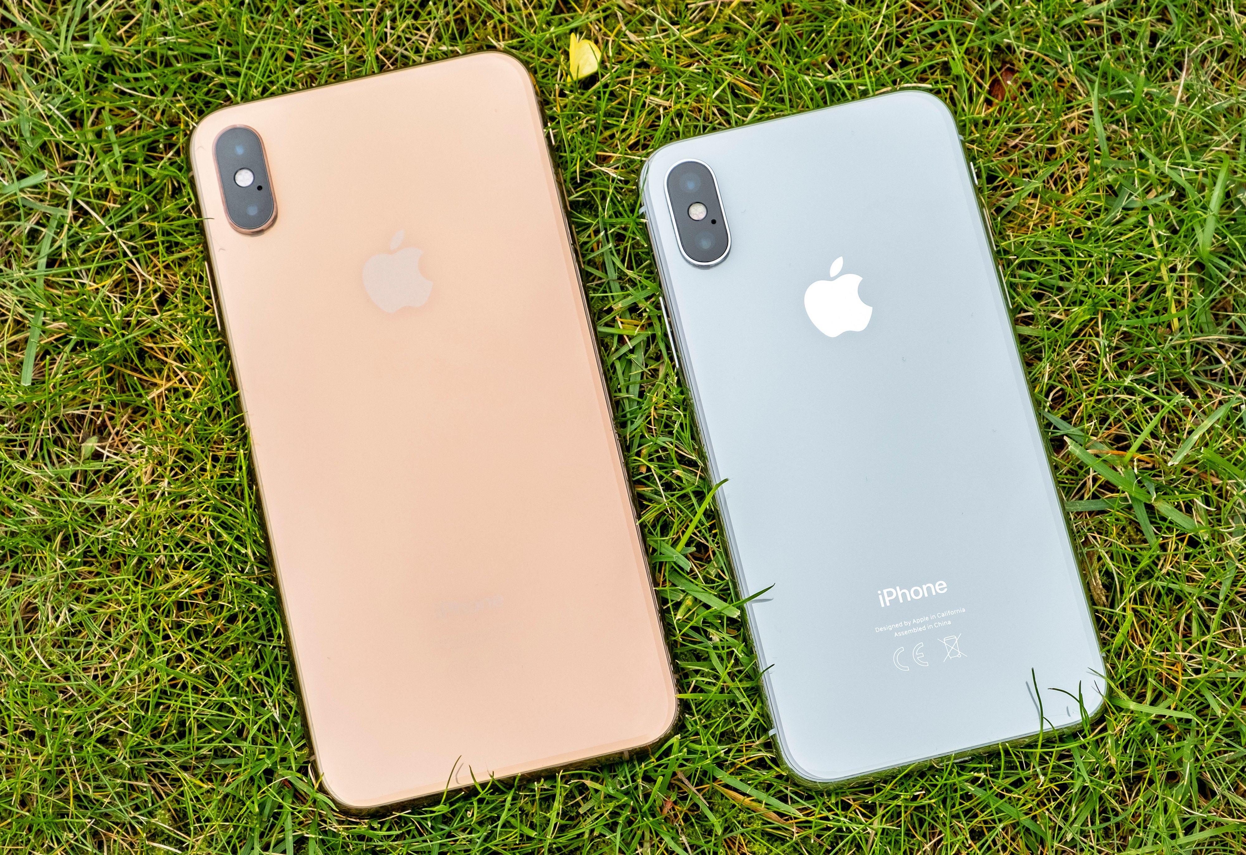 Så langt er det dobbelt kamera på baksiden av iPhonene i X og Xs-serien. Bilde: Finn Jarle Kvalheim, Tek.no