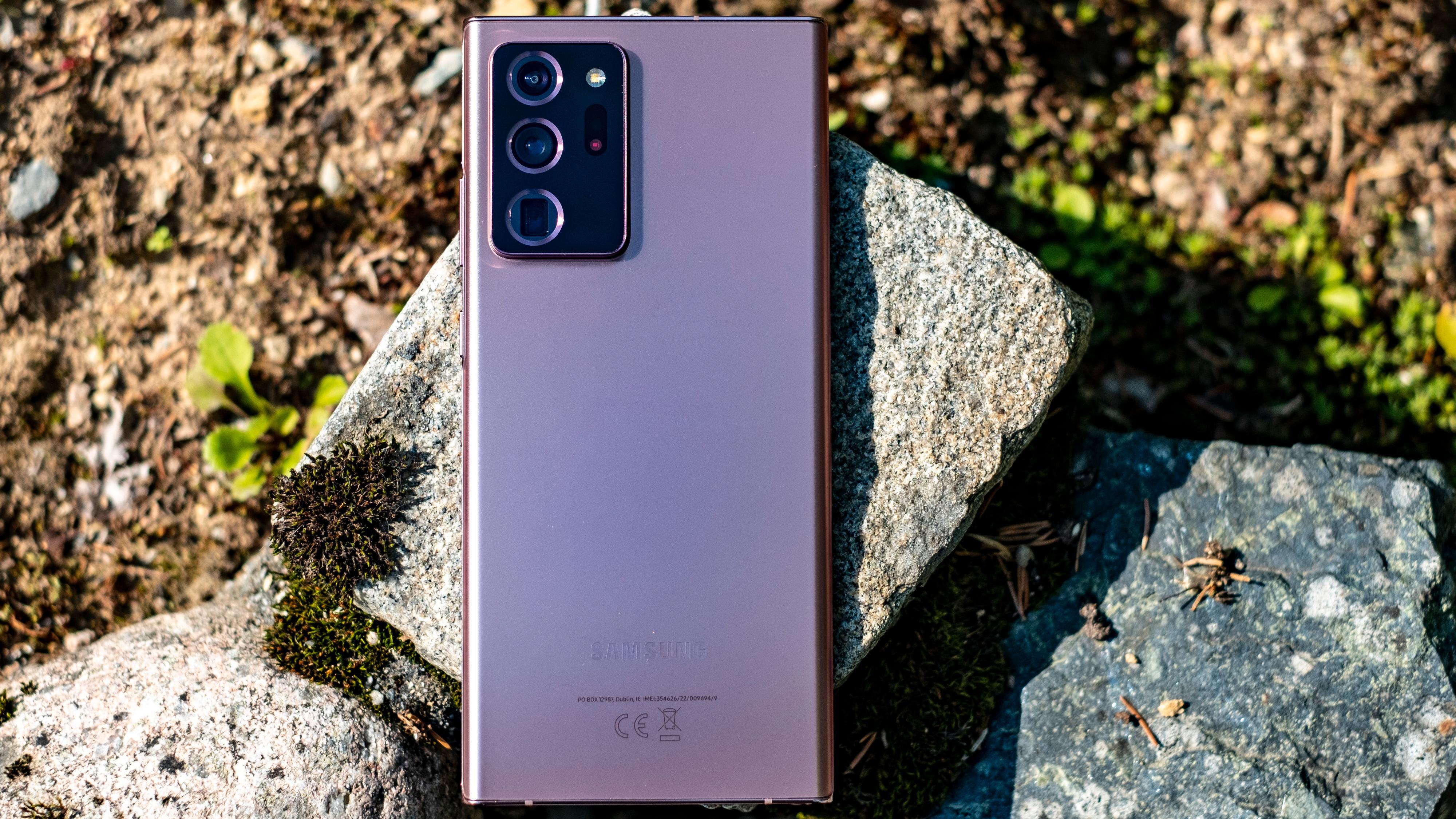 Batteritiden kunne vært bedre. Utover det er Galaxy Note 20 Ultra et overflødighetshorn av en verktøykasse - der til og med 50 ganger zoom ikke er en helt gal påstand. Det funker faktisk - til sitt bruk.