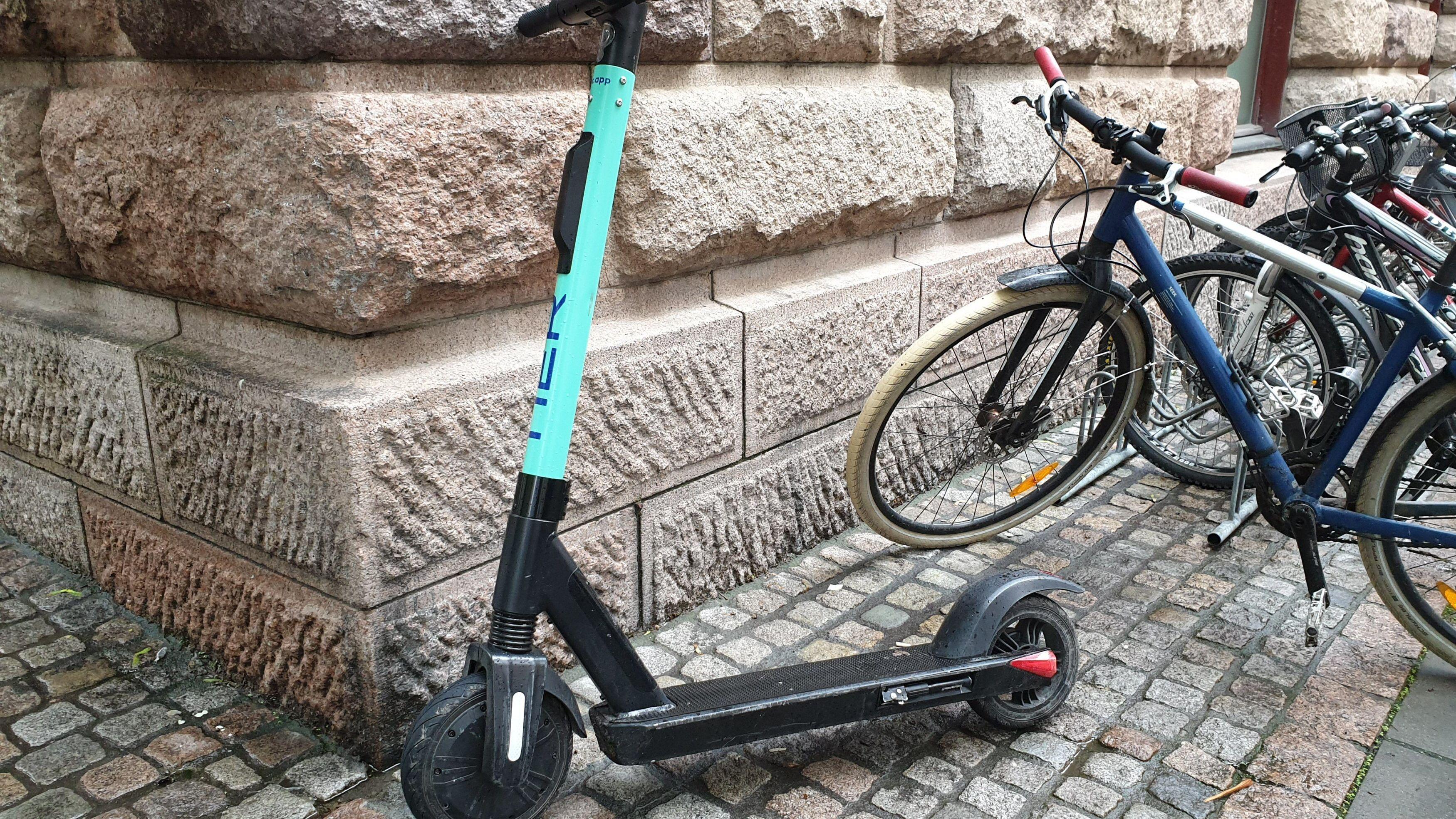 Nå har en ny og bedre elektrisk sparkesykkel kommet til Oslo