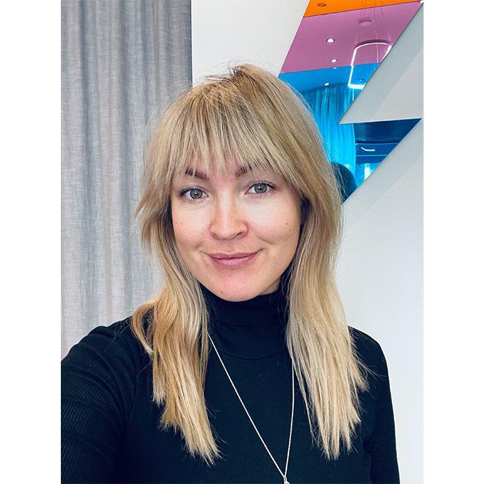 Porträtt på frisören Hanna Rydén